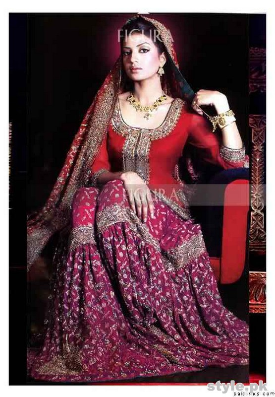 Latest Bridal Gharara Designs 2017 In Pakistan 111