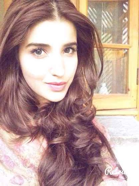 Which Pakistani Actresses Have Long Hairs 010