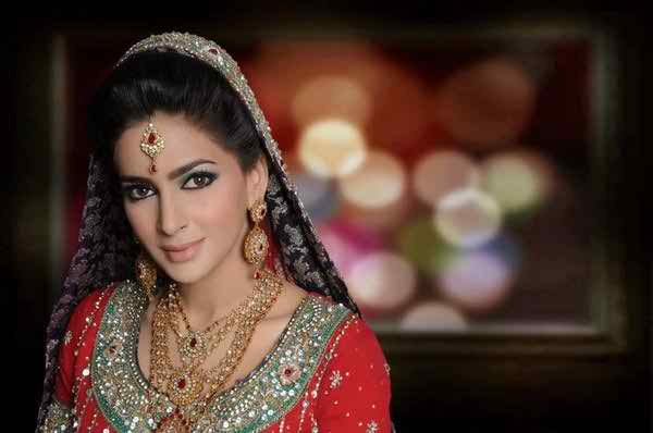 Who Are The Most Expensive Celebrities in Pakistani Drama Industry005