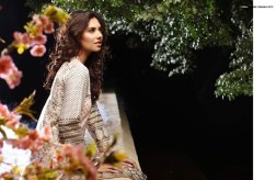 Orient Textiles Lawn Collection 2015 For Women 004