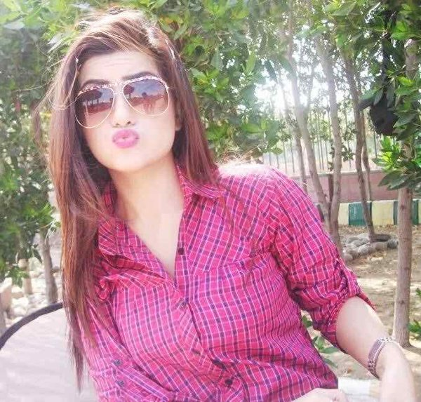 Which Pakistani Actresses Have Best Pout For Camera005