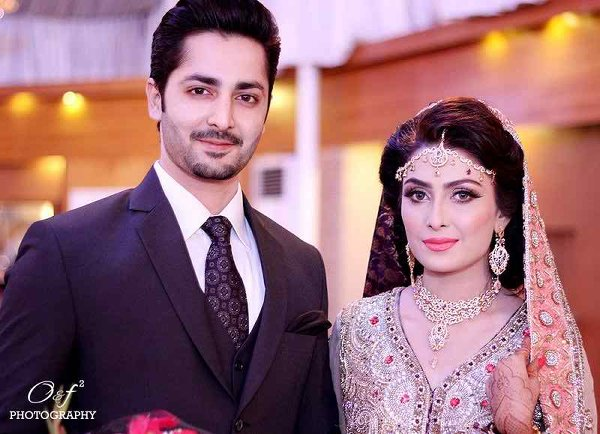 Which Pakistani Celebrity Looks Beautiful On Her Walima001
