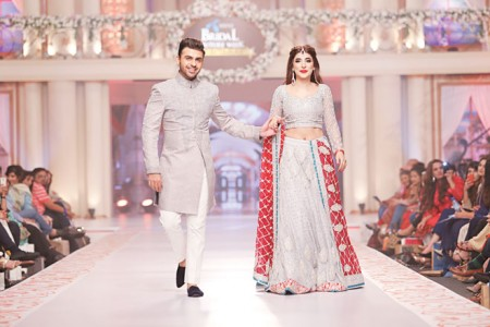 See Elegant Pakistani Celebrities of 2015 wearing bridal dress