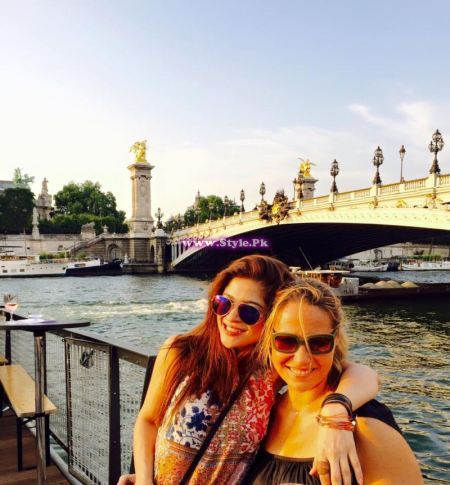 Looks of Ayesha Omar on trip to Euro in summers 2015