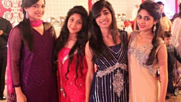 See Sanam Jung with her family