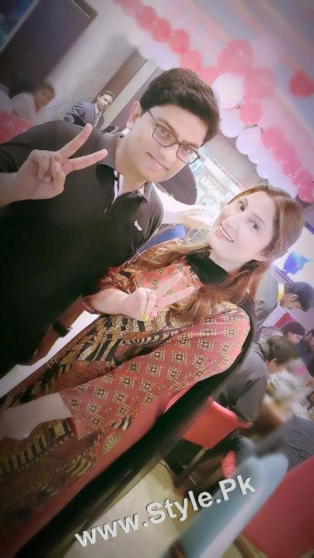 Film Star Saima Noor's Birthday Celebrations (2)