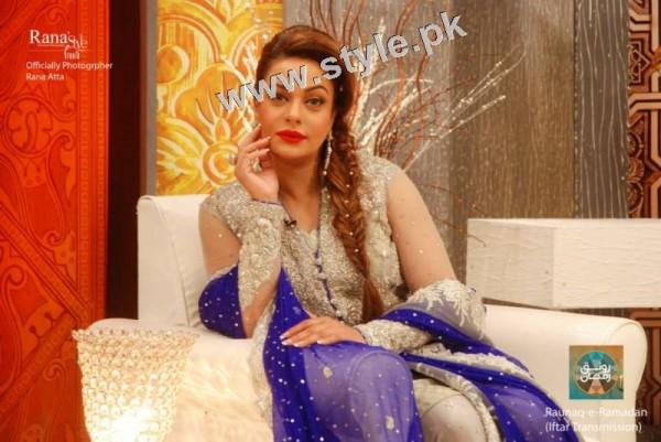 Latest pictures of Sadia Imam (8)