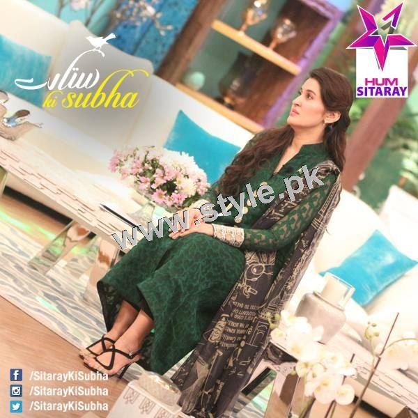 Shaista Lodhi's first appearance as a host after her arrest warrants (11)