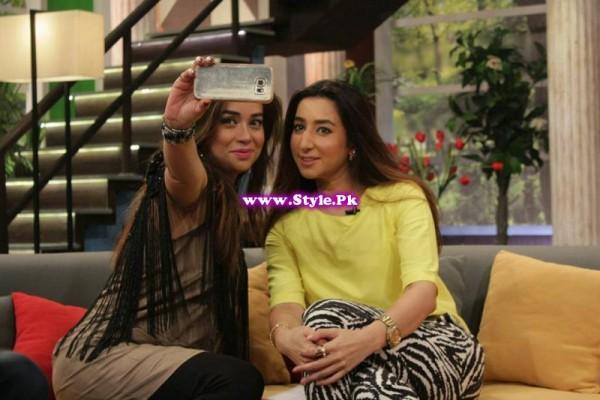 Komal Rizvi insulted Geo Kahani's morning show (7)
