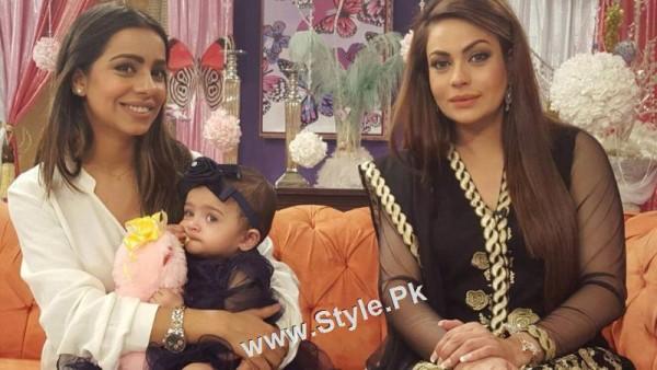 Sadia Imam Celebrated her daughter's birthday in Good Morning Pakistan (7)