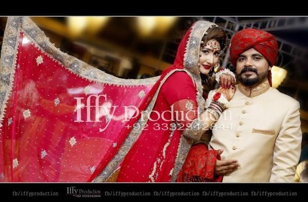 See Wedding Pictures of Actress Pari Hashmi