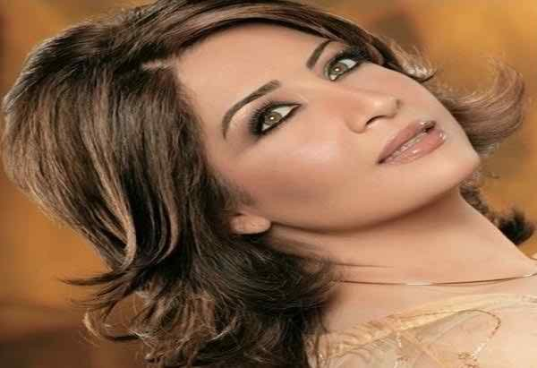 Which Pakistani Actresses Looks Beautiful In Short Hair001
