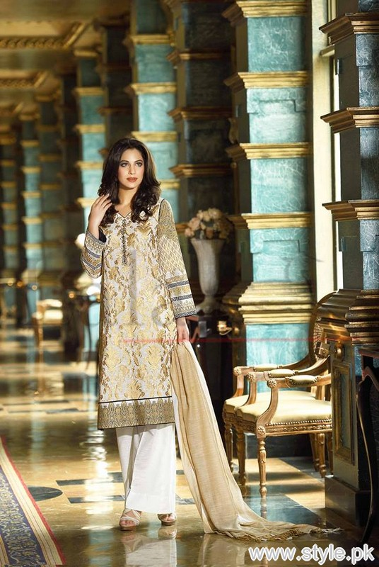 Lala Brocade Winter Collection 2015 For Women 1