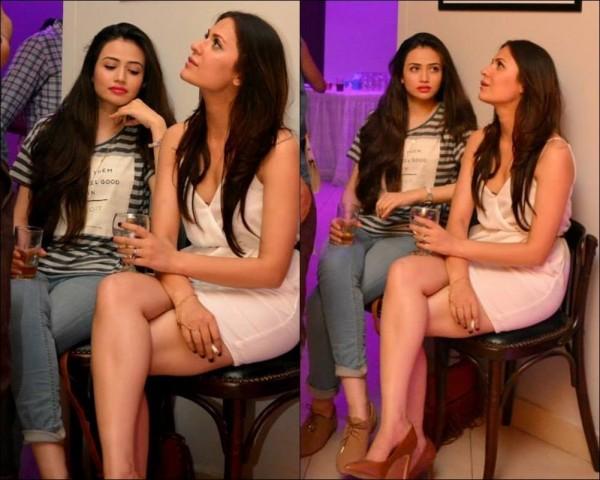 Sana javed and nausheen shah spotted