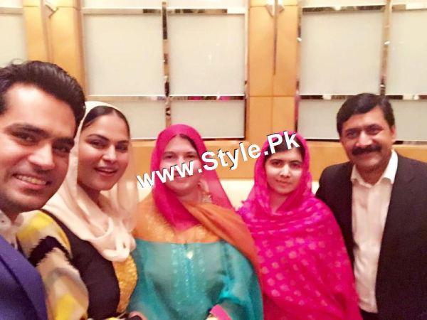 Pictures of Veena Malik's and Malala's family in Dubai (5)