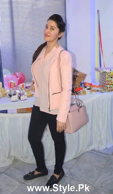 Shaista Lodhi Celebrated her birthday with Thalassemia patients (7)