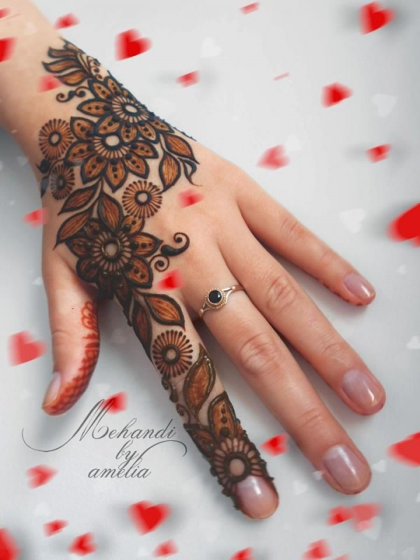 mehndi designs for kids-perfect
