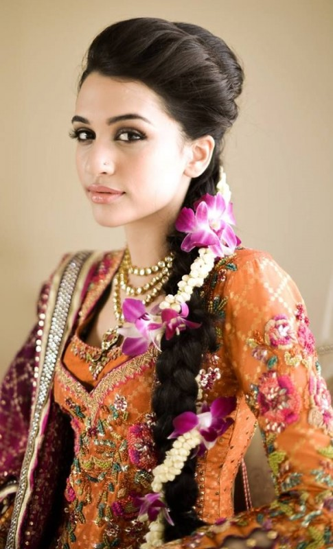 Bridal Hairstyles -mehndi