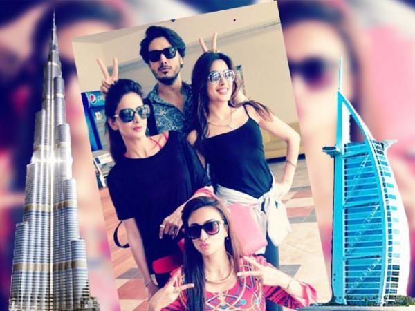 Pakistani celebrities During Travelling- saba,ayesha