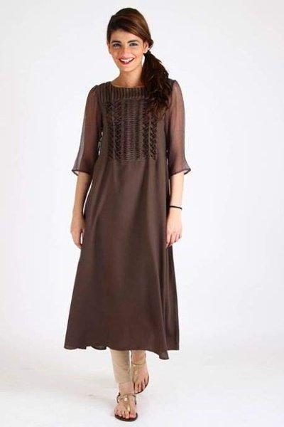 Pakistani Casual Dresses Designs For Women