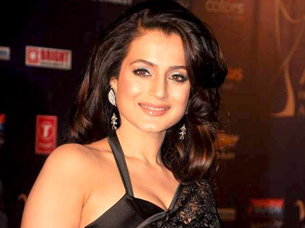 List Of Bollywood Actresses And Their Obsession009