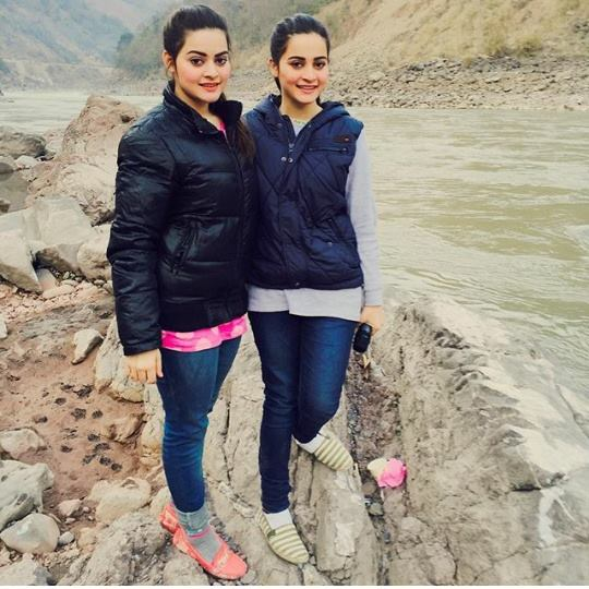 Pakistani Celebrities are on Vacations in Murree (10)