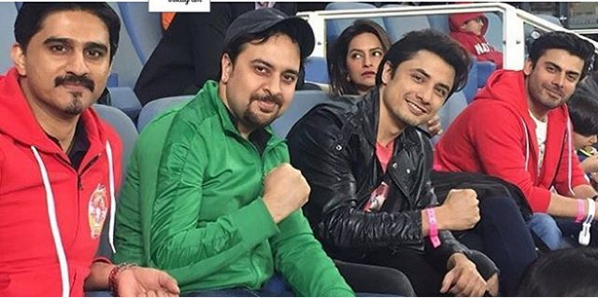 Exciting Selfies of Fawad Khan with Ali Zafar at PSL. 4