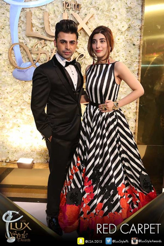 Who Look More Beautiful in Cinderella Gown.urwa