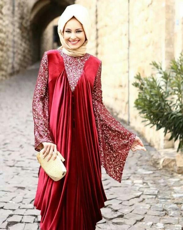 maroon abaya