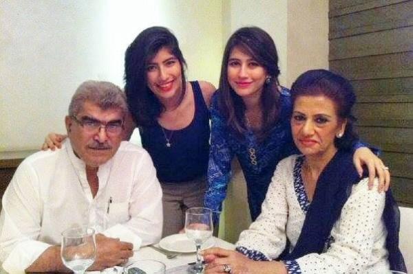 Syra yousuf family