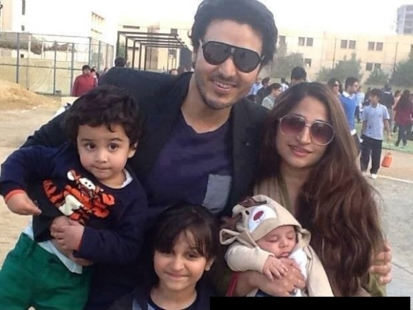 ahsan khan family