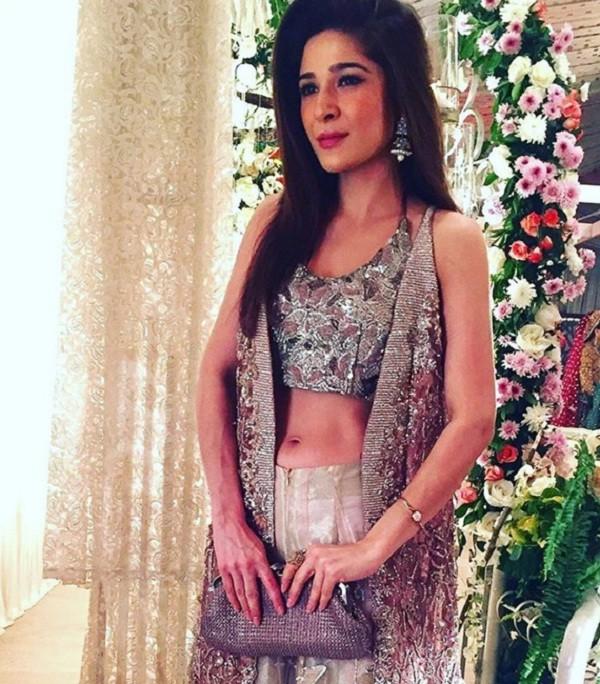 ayesha omer at friend wedding