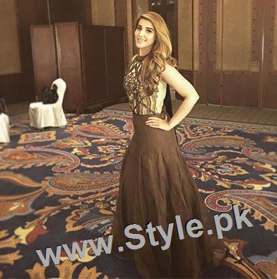Hareem Farooq looks super hot in her new bronze blonde hair (3)