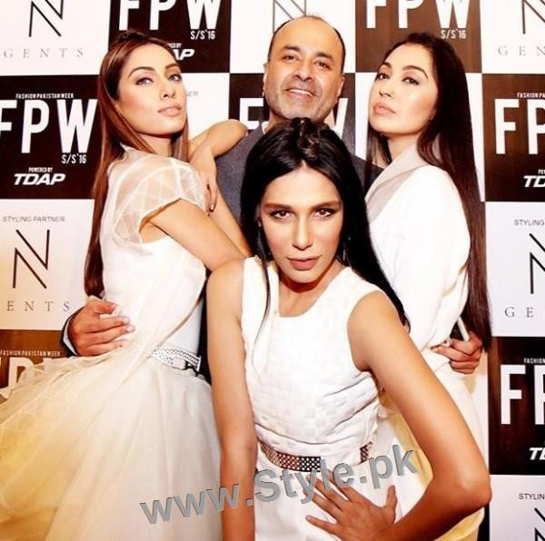 Looks of Pakistani Celebrities at FPW'16 Day 1 (6)