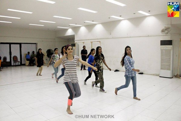 Pakistani Celebrities during rehearsals of 4th HUM Awards 2016 (14)