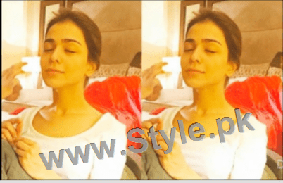 Pictures of Pakistani Celebrities when they are asleep (4)