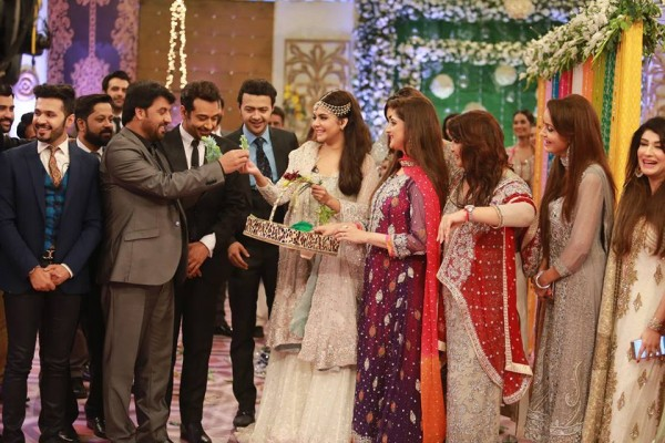 Ahmed Hassan and Nousheen Ibrahim' Reception pictures (6)