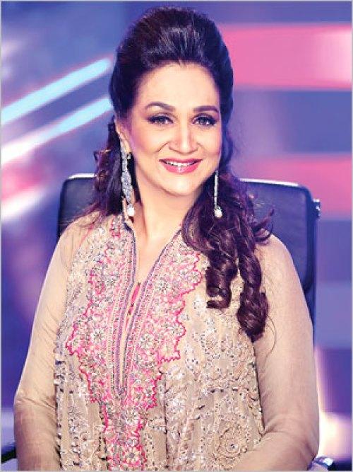 Bushra Ansari age