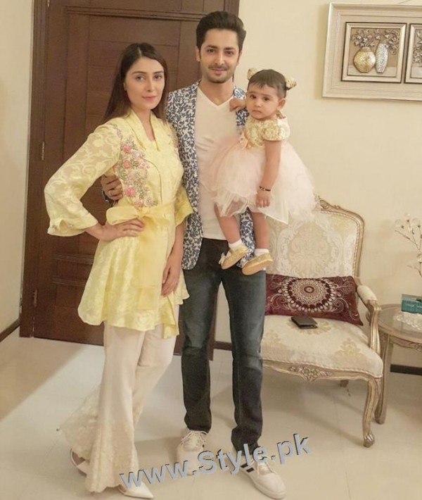 Pakistani Celebrities at Birthday Party of Momal Sheikh's son (2)