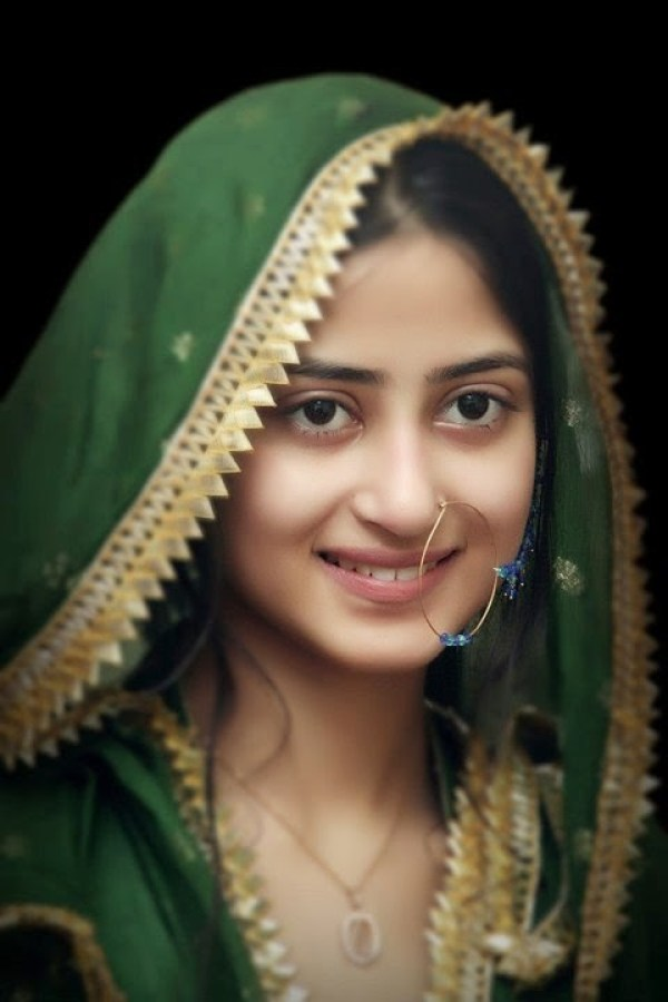 Sajal Ali without makeup