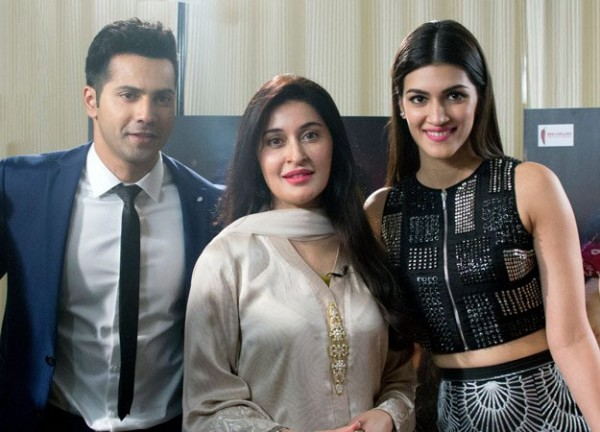Shaista Lodhi with Dilwale Cast