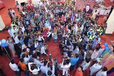 Ahsan Khan arranged Bazar e Ramzan for Needy People (9)