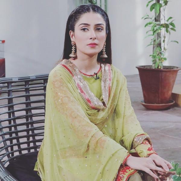 Ayeza Khan on 3rd Day of Mehman Nawaz (3)