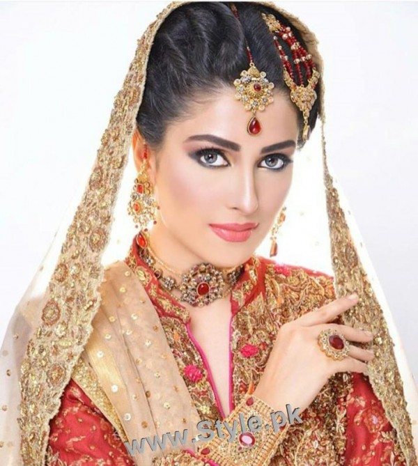 Ayeza Khan's latest bridal photoshoot (4)