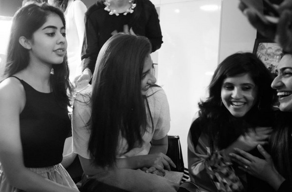 Mahira Khan in Singapore with her fans (5)