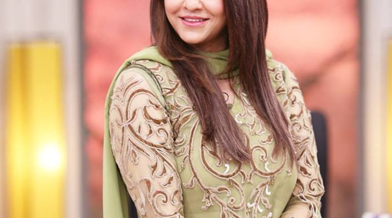 See Nadia Khan revealed the real reason behind leaving morning show