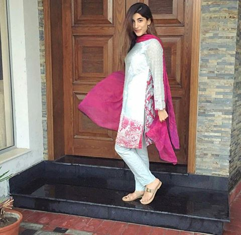 Pakistani Celebrities in Ramadan 2016 (3)