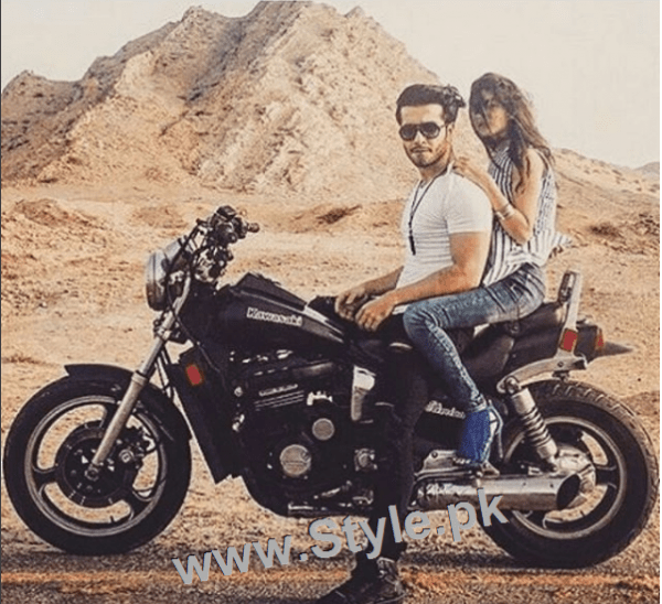 Romance of Sajal Ali and Feroze Khan in Zindagi Kitni Haseen Hai (11)