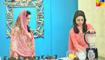 See Sarwat Gillani in Jago Pakistan Jago