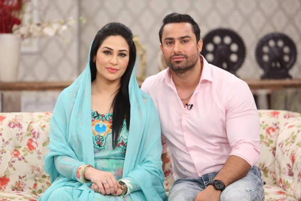 The reunited couple Humaira Arshad and Ahmed Butt on screen (5)